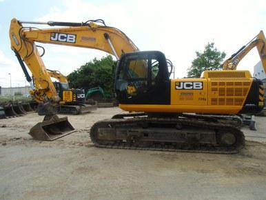 JCB Kettenbagger JS 300 NLC
